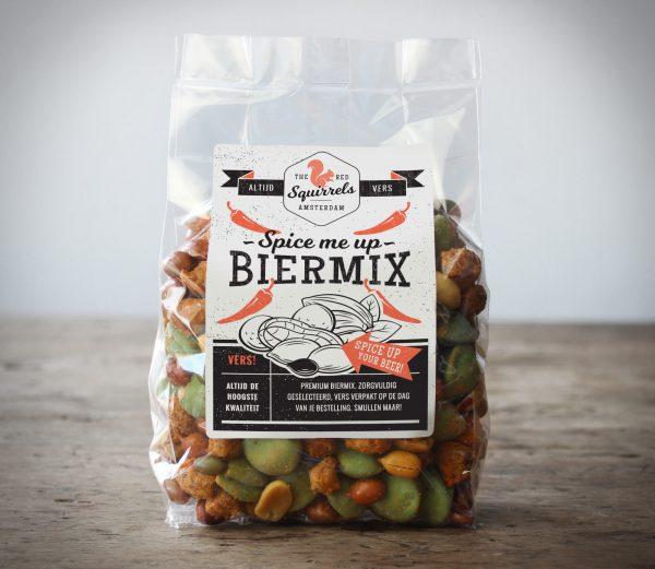 Biermix snack met, pinda's, vliespinda's, katjang pedis, wasabi, pecannoten